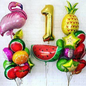 Готовое решение из фольгированных фруктов